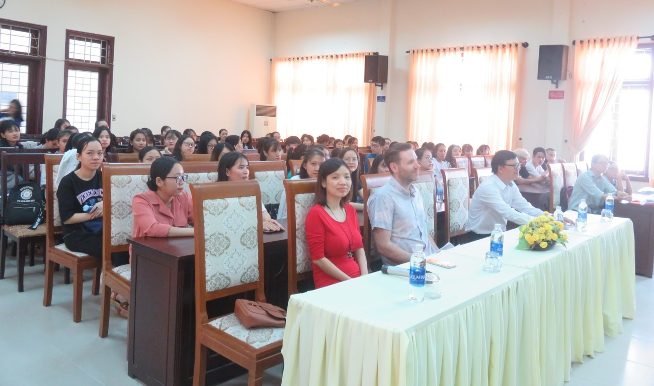 information-sharing-session-of-us-government-scholarship-programs-hosted-by-the-us-consulate-ho-chi-minh-city